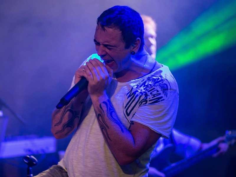 Sänger Mike